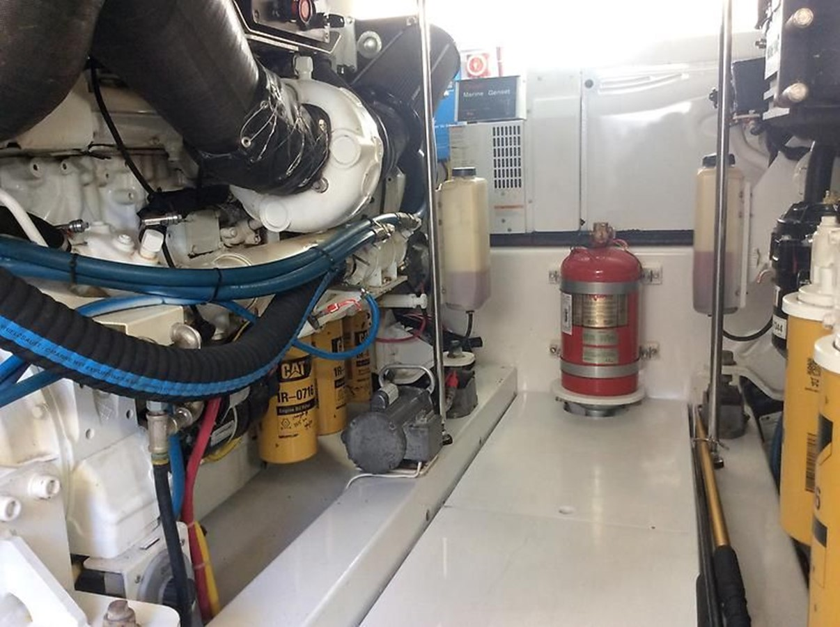 53' Jarrett Bay - Engine Room 14 - 53 JARRETT BAY For Sale