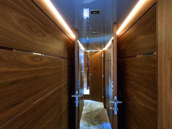 2015 VAN DER VALK Continental ll 2300  2183387