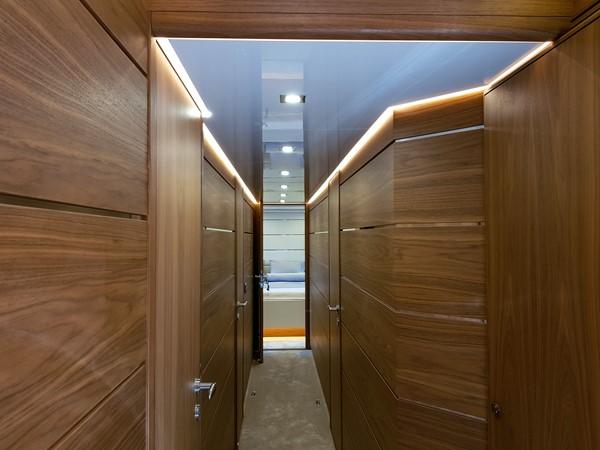 2015 VAN DER VALK Continental ll 2300  2183417