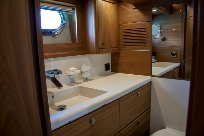 2015 VAN DER VALK Continental ll 2300  2183432