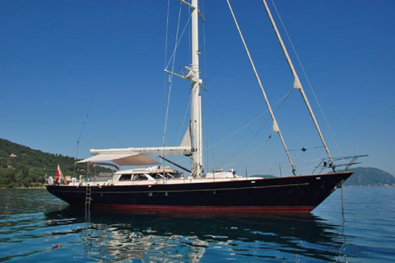 Bill Dixon 82´Austral Yacht Profile at anchor 2001 AUSTRAL YACHTS  Cutter 2192136