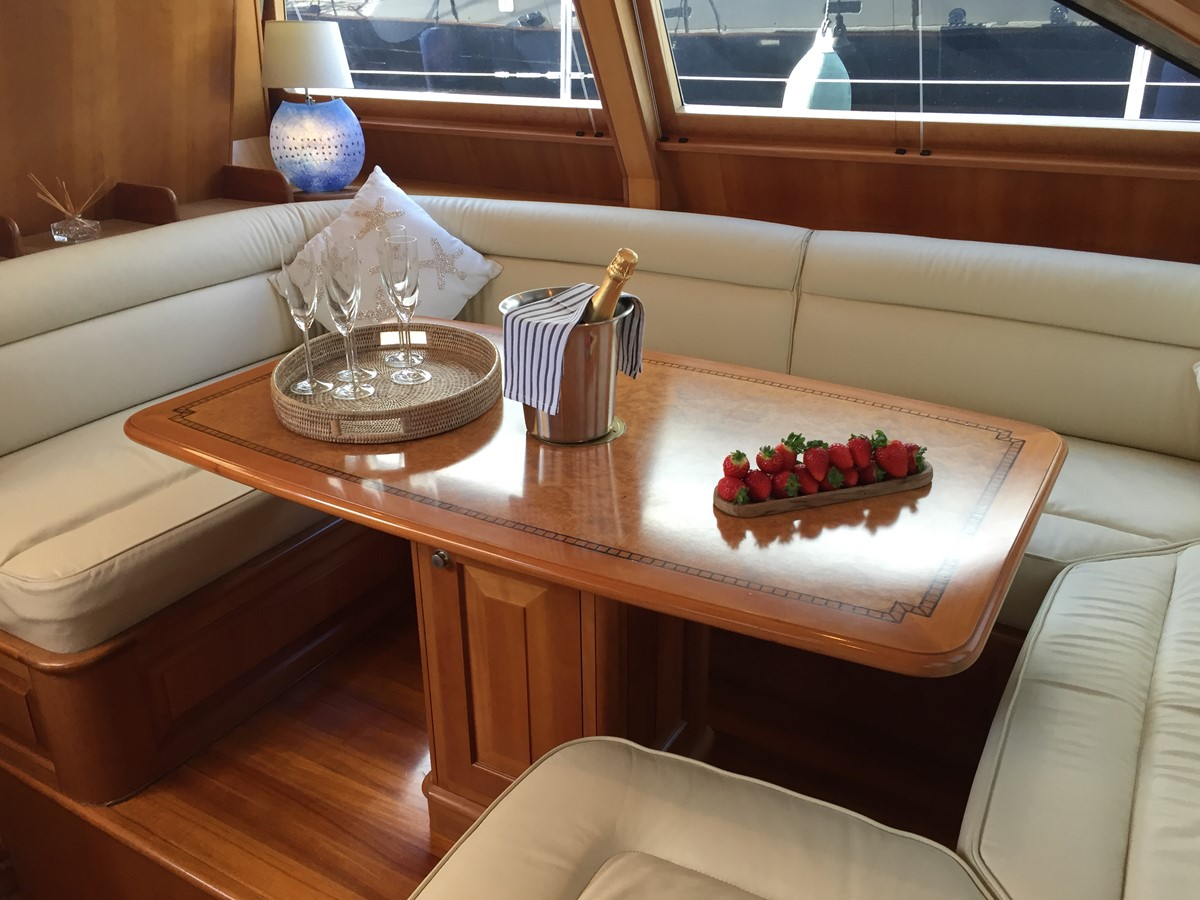 82´Sailing Yacht Upper Saloon 2001 AUSTRAL YACHTS  Cutter 2192145