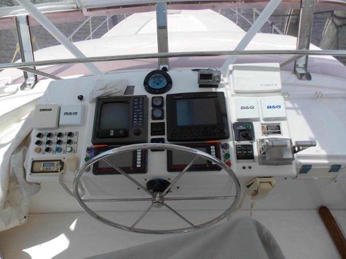 55' Neptunus - Helm Station - 55 NEPTUNUS For Sale
