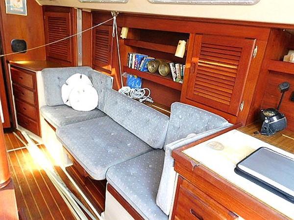 36&apos Catalina convertible settee and single berth 1986 CATALINA 36  2195613
