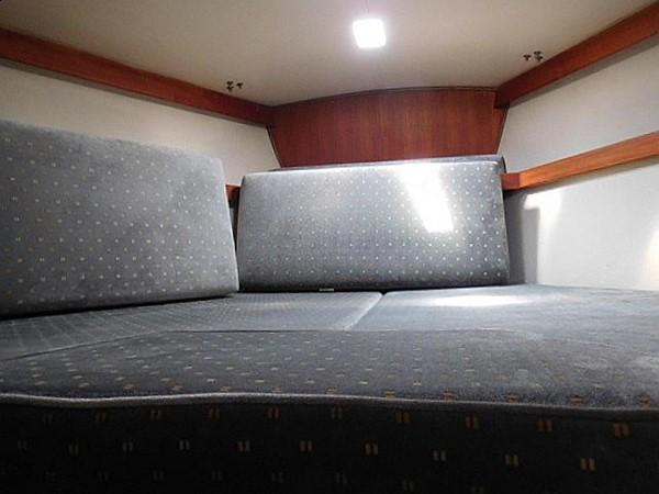 36&apos Catalina forward stateroom v-berth with insert 1986 CATALINA 36  2195620