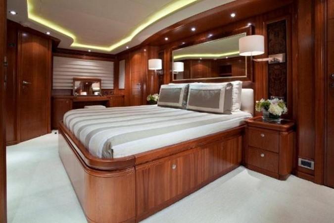 Master Cabin 2004 FERRETTI CUSTOM LINE 2004  2200808