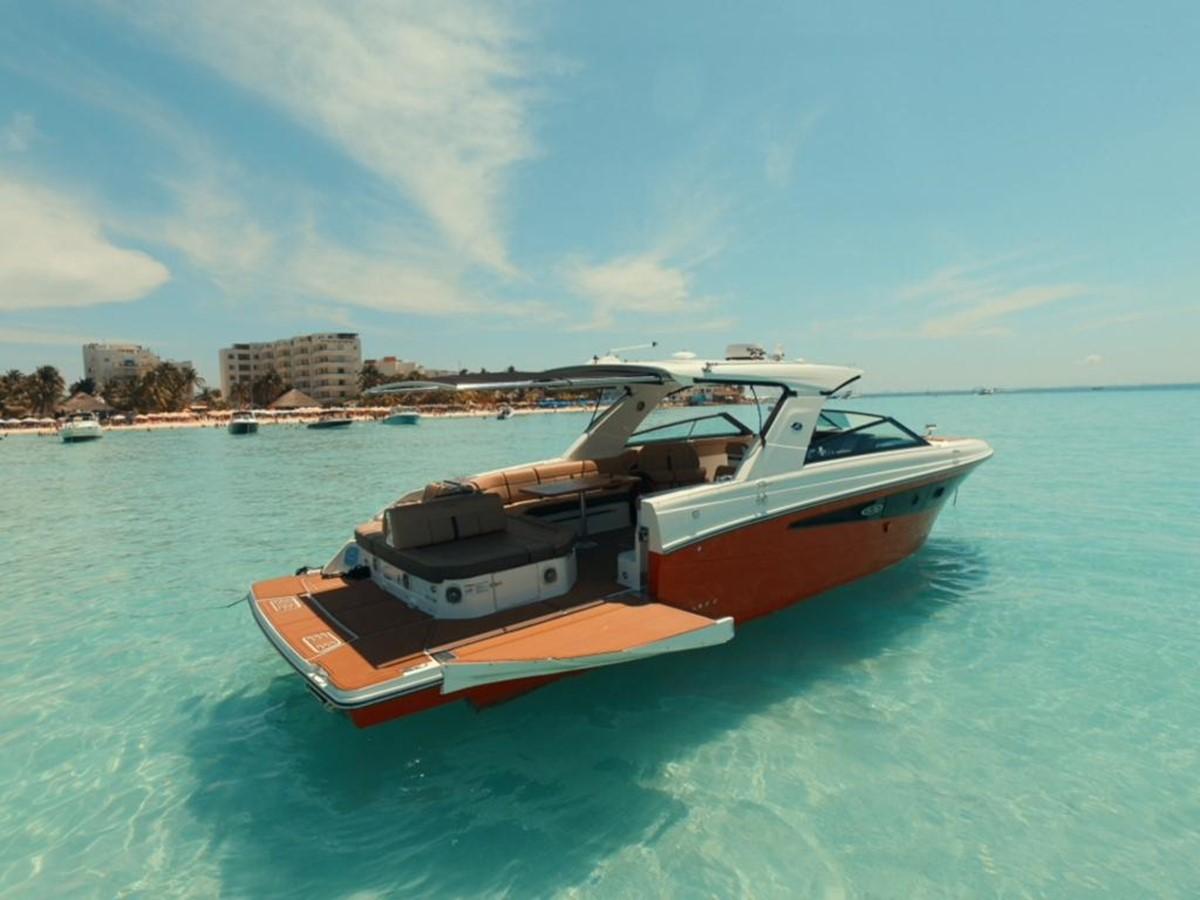 2018 Sea Ray 400 SLX @ Cancun yacht for sale