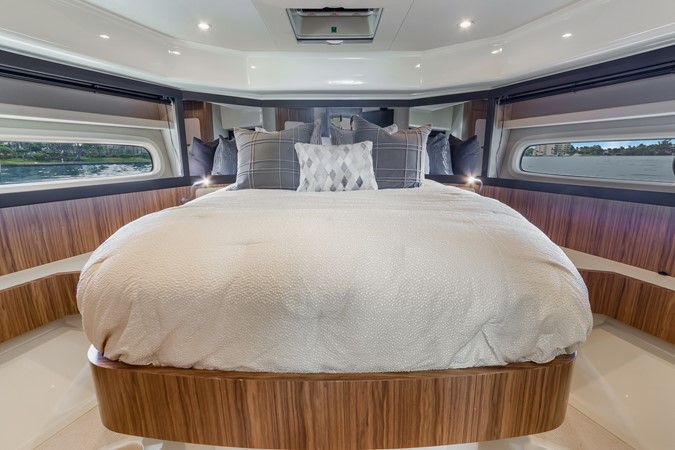 Stateroom  2015 AZIMUT Magellano 43 Motor Yacht 2202953