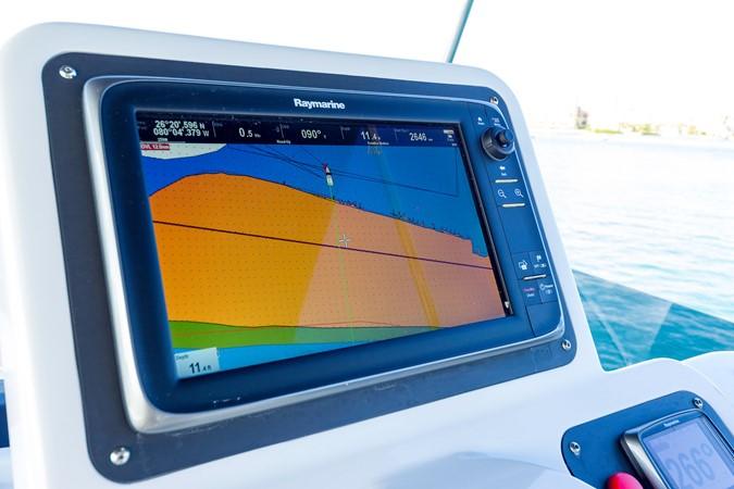 Helm station 2015 AZIMUT Magellano 43 Motor Yacht 2202957