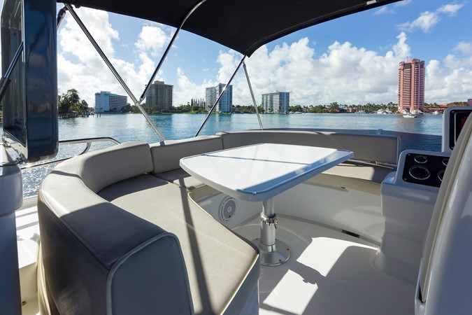 Flybridge  2015 AZIMUT Magellano 43 Motor Yacht 2202958