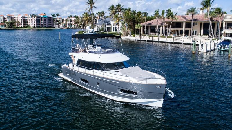 Profile  2015 AZIMUT Magellano 43 Motor Yacht 2202959