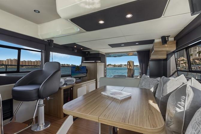 Dinette  2015 AZIMUT Magellano 43 Motor Yacht 2202960
