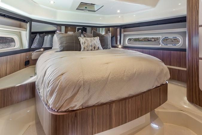 Stateroom  2015 AZIMUT Magellano 43 Motor Yacht 2202968