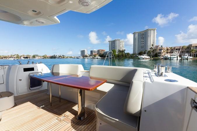 Stern 2015 AZIMUT Magellano 43 Motor Yacht 2202982