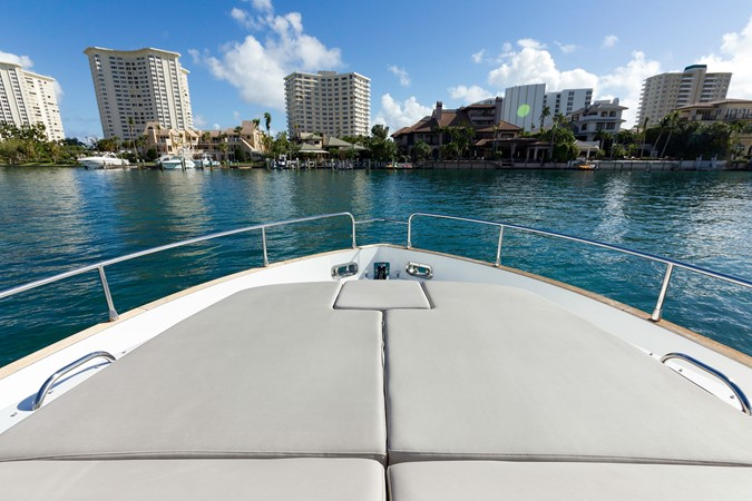 Bow sun tanning pads 2015 AZIMUT Magellano 43 Motor Yacht 2202983