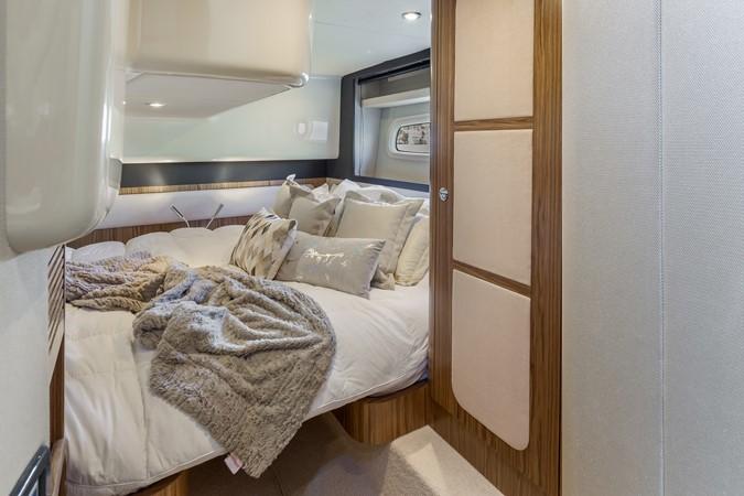 Stateroom  2015 AZIMUT Magellano 43 Motor Yacht 2202984