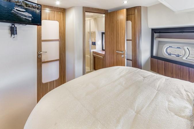 Stateroom  2015 AZIMUT Magellano 43 Motor Yacht 2202986