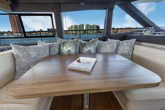Dinette  2015 AZIMUT Magellano 43 Motor Yacht 2202988