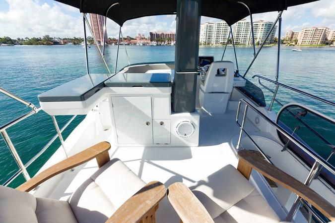 Flybridge  2015 AZIMUT Magellano 43 Motor Yacht 2202993