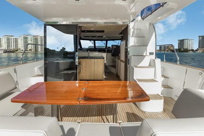 Stern 2015 AZIMUT Magellano 43 Motor Yacht 2202997