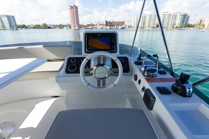 Helm station 2015 AZIMUT Magellano 43 Motor Yacht 2203001
