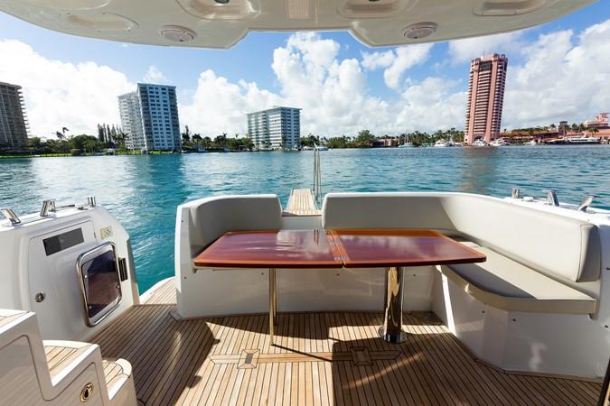 Stern 2015 AZIMUT Magellano 43 Motor Yacht 2203007