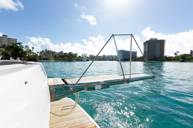 Plank 2015 AZIMUT Magellano 43 Motor Yacht 2203011