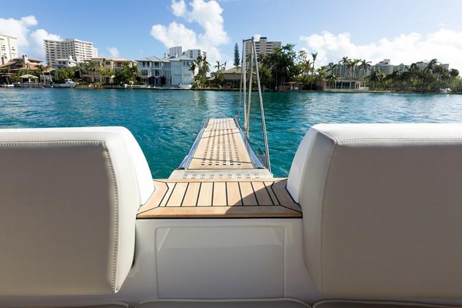 Plank 2015 AZIMUT Magellano 43 Motor Yacht 2203013