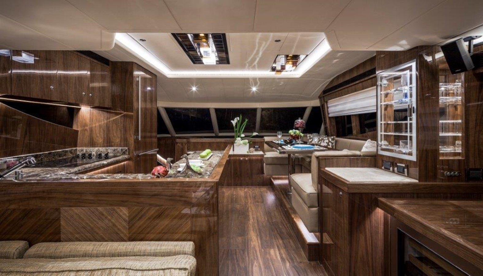 Galley - Dinette 2021 HORIZON E62 Motor Yacht 2205324