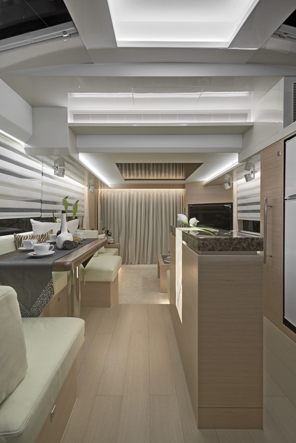 Galley - Dining 2021 HORIZON E56 Motor Yacht 2205387