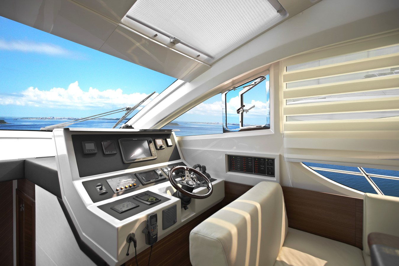 Lower Helm 2021 HORIZON E56 Motor Yacht 2205404