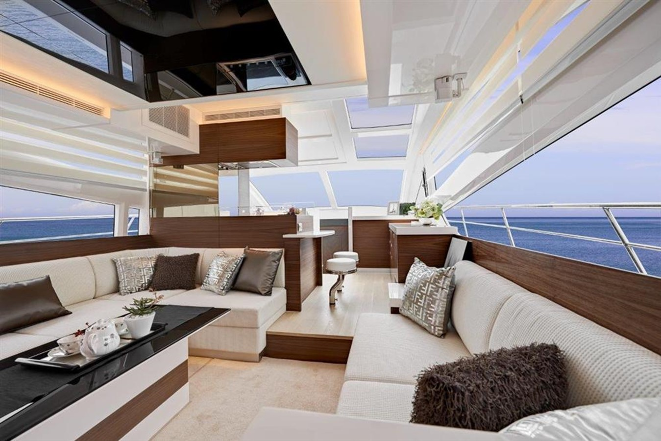 Main Salon  2021 HORIZON E56 Motor Yacht 2205416