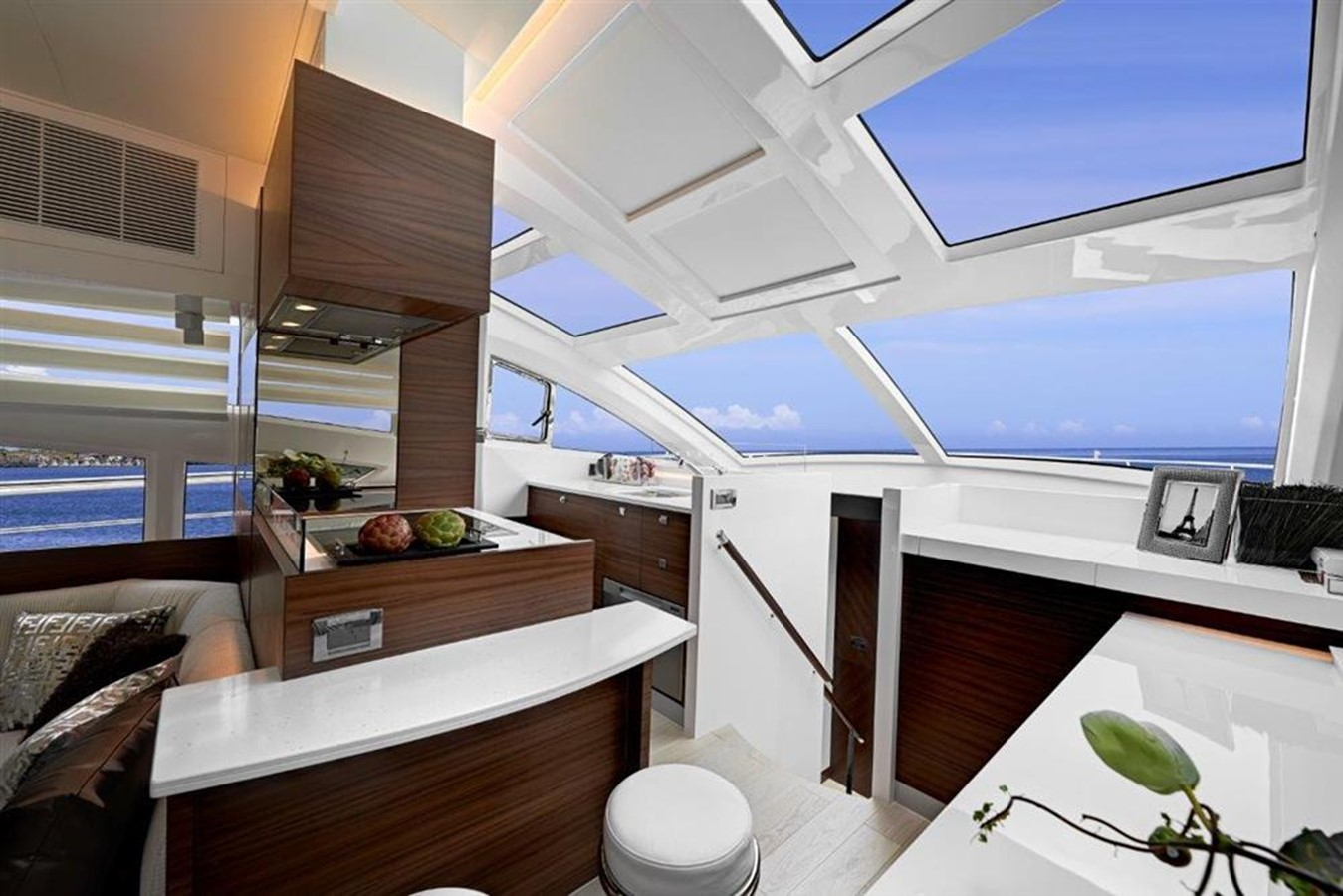 Galley 2021 HORIZON E56 Motor Yacht 2205417