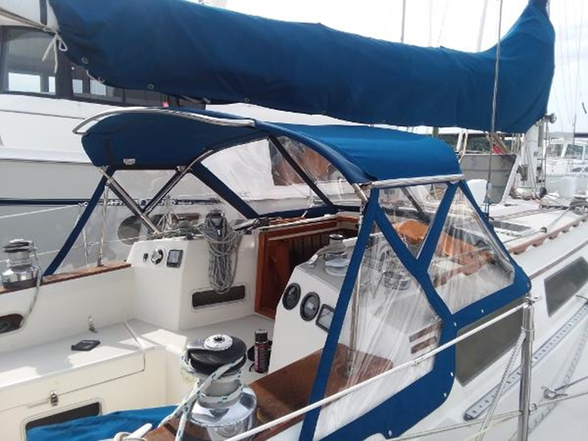 All new canvas in 2017 1989 SABRE YACHTS 38 MKII Sloop 2207634