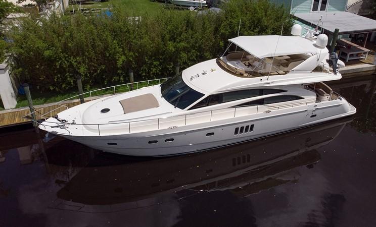2007 PRINCESS YACHTS Flybridge Motor Yacht  Cruiser 2210216