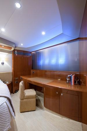 2007 PRINCESS YACHTS Flybridge Motor Yacht  Cruiser 2210224