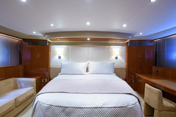 2007 PRINCESS YACHTS Flybridge Motor Yacht  Cruiser 2210225