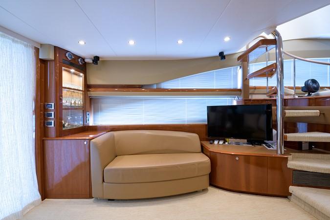 2007 PRINCESS YACHTS Flybridge Motor Yacht  Cruiser 2210235