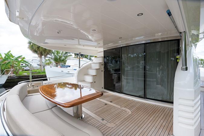 2007 PRINCESS YACHTS Flybridge Motor Yacht  Cruiser 2210241