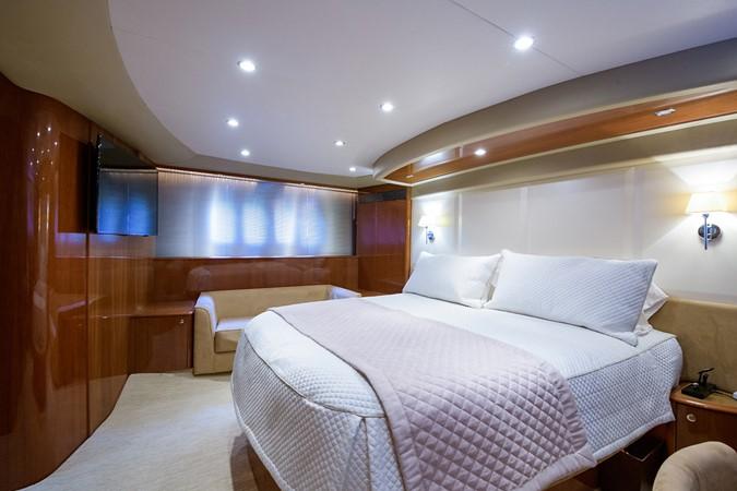 2007 PRINCESS YACHTS Flybridge Motor Yacht  Cruiser 2210246
