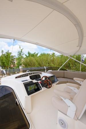 2007 PRINCESS YACHTS Flybridge Motor Yacht  Cruiser 2210247
