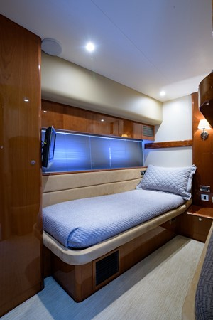 2007 PRINCESS YACHTS Flybridge Motor Yacht  Cruiser 2210253