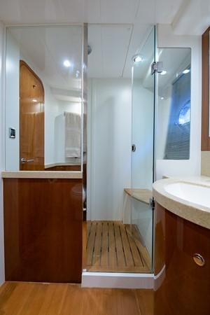 2007 PRINCESS YACHTS Flybridge Motor Yacht  Cruiser 2210266