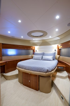 2007 PRINCESS YACHTS Flybridge Motor Yacht  Cruiser 2210267