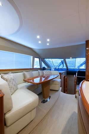 2007 PRINCESS YACHTS Flybridge Motor Yacht  Cruiser 2210279