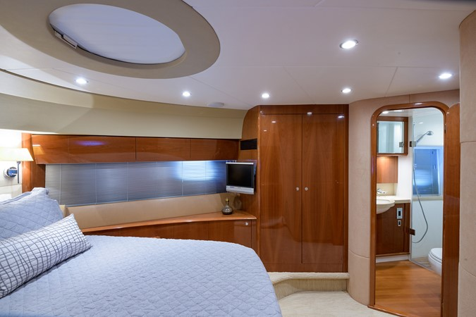 2007 PRINCESS YACHTS Flybridge Motor Yacht  Cruiser 2210283