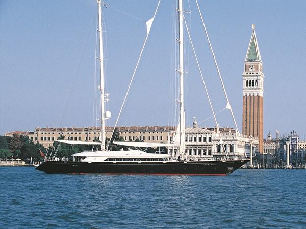 1999 PERINI NAVI  Cruising Ketch 2211098