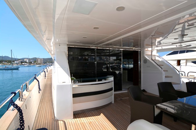 2009 PRINCESS YACHTS PRINCESS 95  2217877