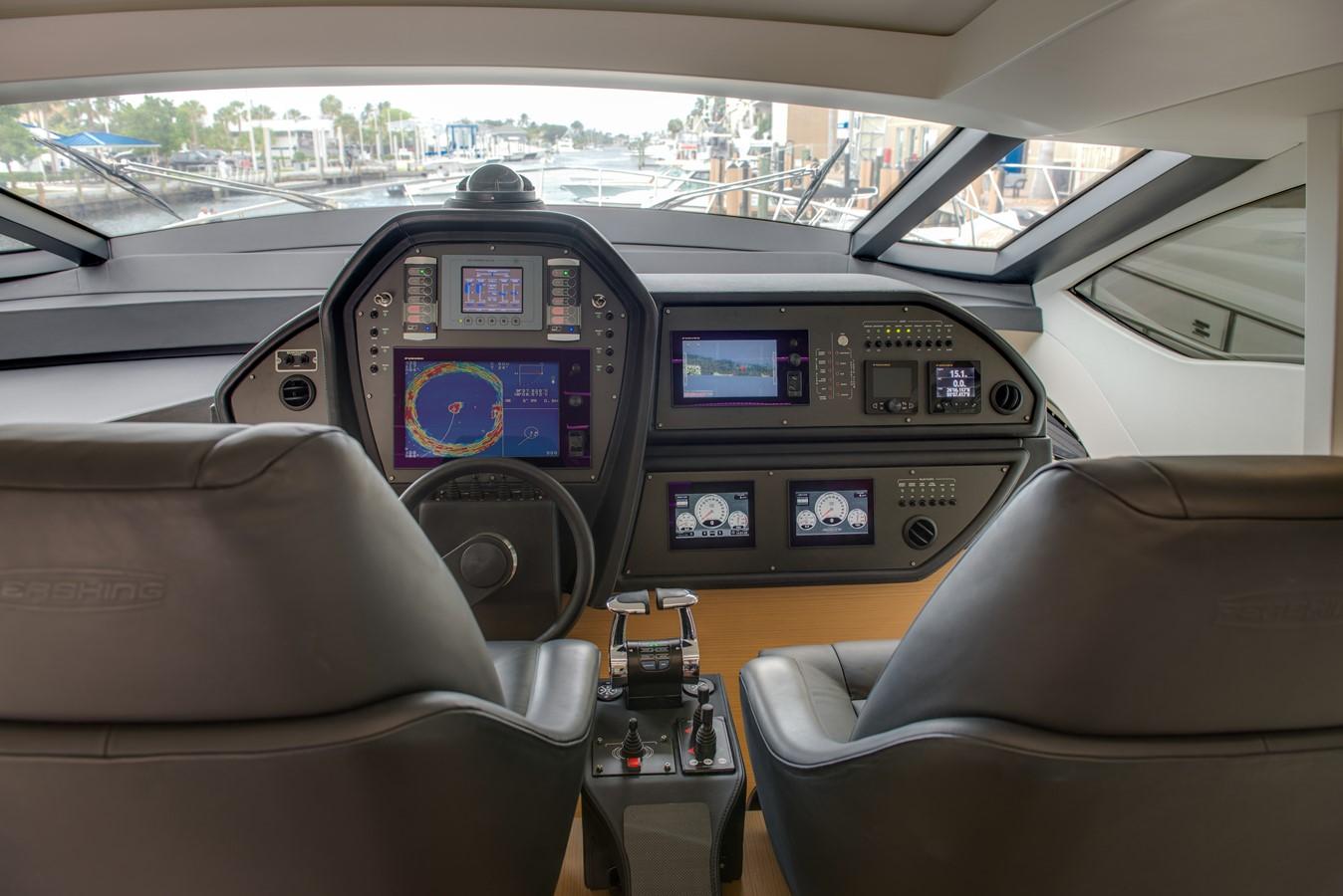 2016 PERSHING 74 Cruiser 2221006