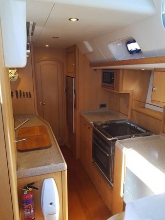 2011 OYSTER MARINE LTD Oyster 575 Center Cockpit 2480794